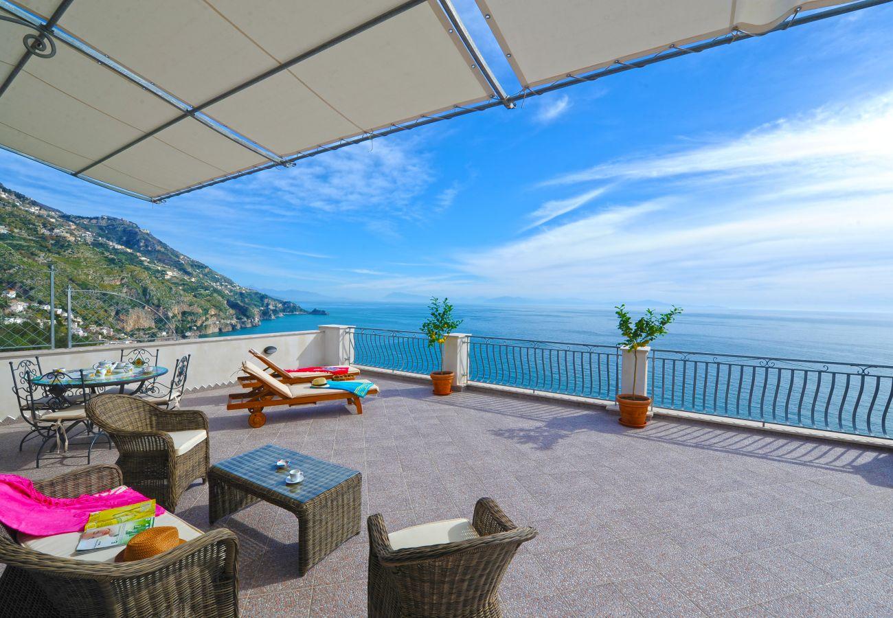 House in Praiano - Casa La Ulivella - Large Terrace Overlooking the sea