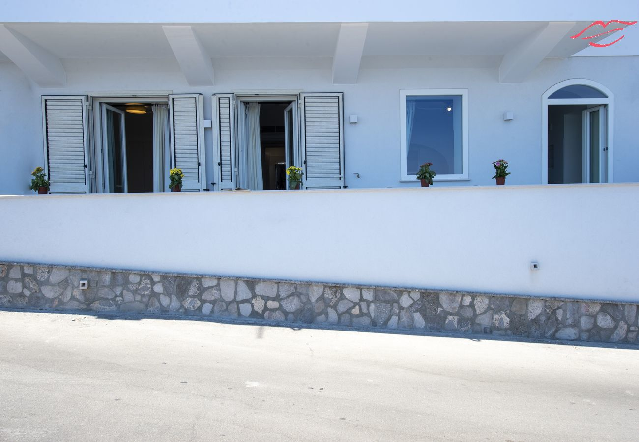 Apartment in Praiano - My Family Home - Sea view and no stairs!